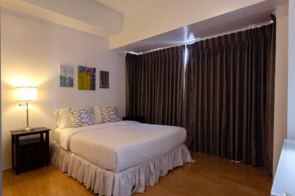 The Infinity 2 bedroom apartment BGC - bedroom