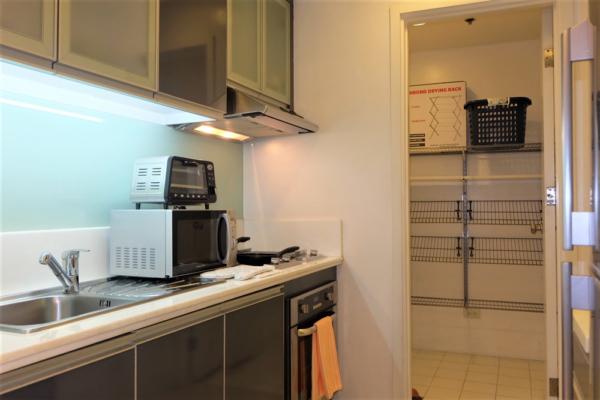 Icon Residences - 1 bedroom apartment - kitchen