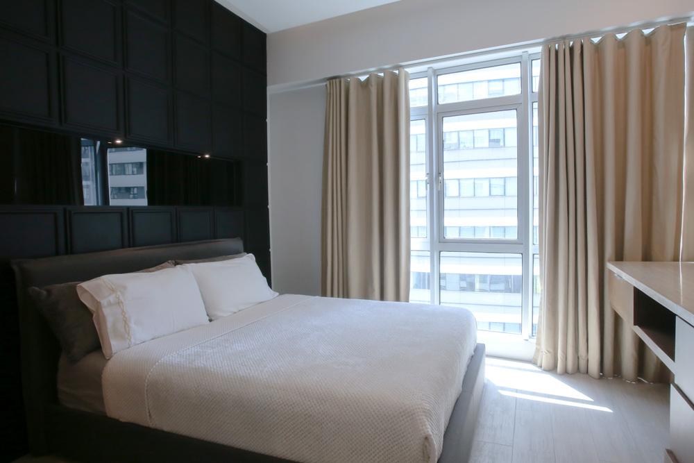 Blue Sapphire - Deluxe 2 bedroom apartment - bedroom main