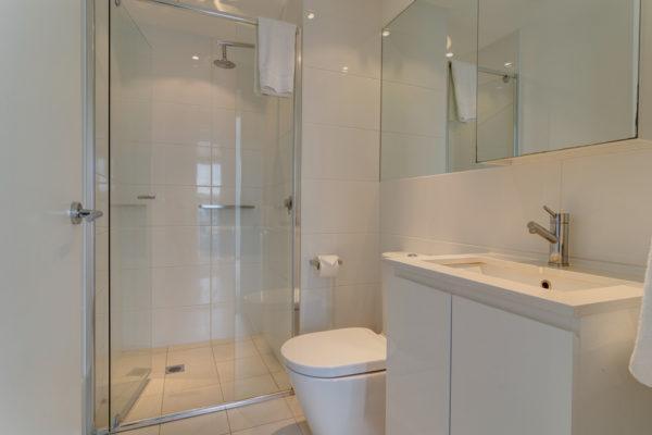 adelaide-central-park-bathroom