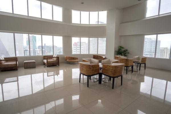 cebu-calyx-centre-lobby