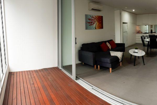 Docklands 2 bedroom apartment - balcony