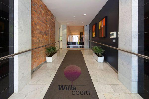 Wills Street Apartment - foyer